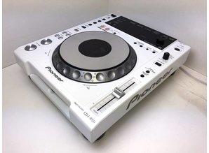 Witte Pioneer CDJ-850 CD speler