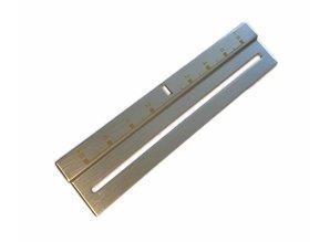 Zilverkleurige Pitch Sticker met goudkleurige belettering (Reproductie)