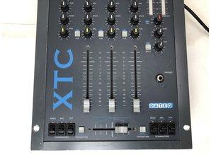 Dateq XTC MK1 mixer + mooie kwaliteit flightcase