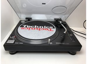 Technics SL 1210 MK2 turntable
