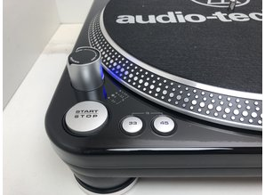 Audio Technica LP-1240  direct drive draaitafel