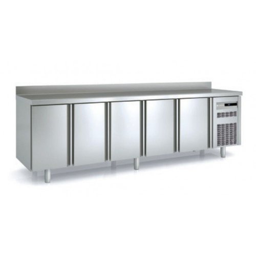 Kühltische mit 5 Türen