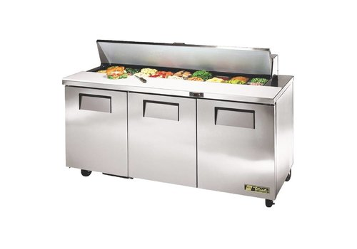True 3 doors saladette, 538 liters, comes with 18x1 / 6 GN containers