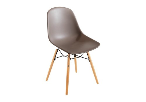Bolero Plastic Chairs Brown with Wooden Legs (2 pieces)