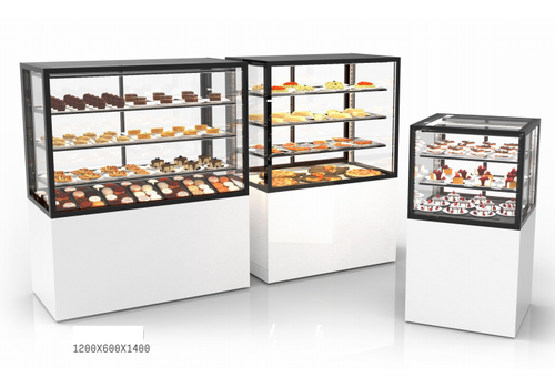 Sayl Neutral display case with 3 shelves | Available in 7 sizes | Tempered glass | LED-lighting