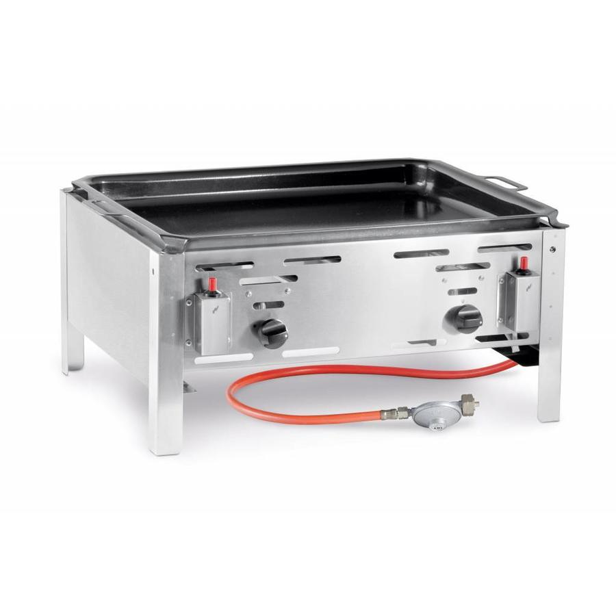 Gas barbecue with frying pan