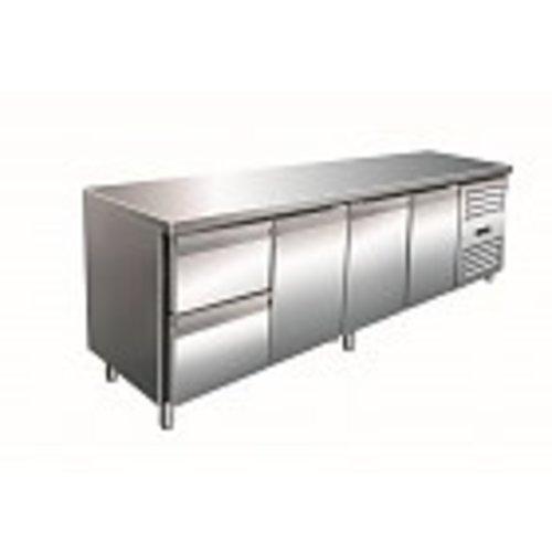 Kühltische mit 3 Türen und 2 Schubladen
