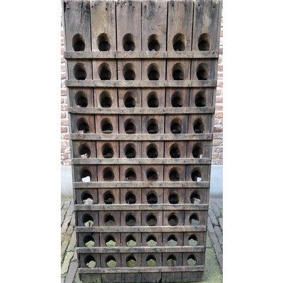 Pupitre, Champagnerek, Riddling rack muurmodel 60 flessen met horizontale latjes