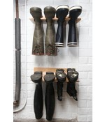 Muurlaarzenrek hout 2 paar laarzen