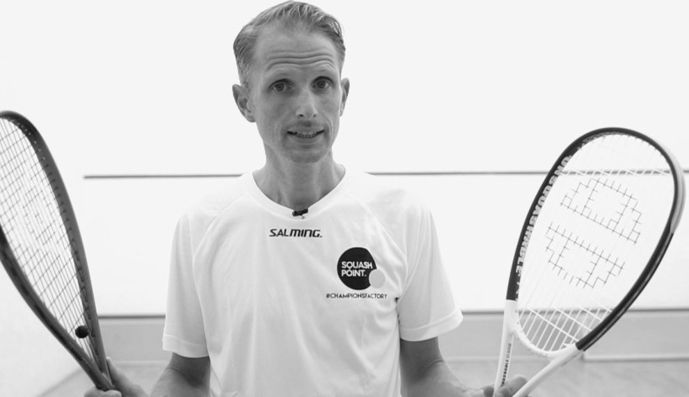 How To Choose The Right Squash Racket?