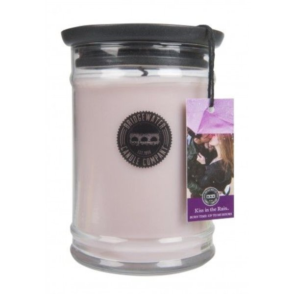 Bridgewater Candle Company - Geurkaars - 500gr - Kiss in the Rain