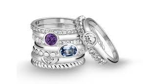 Ringen met edelsteen