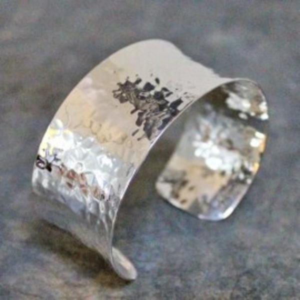17976 - Armband zilver hamerslag