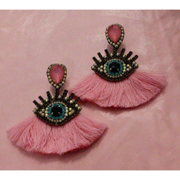 La coca pink evil eye