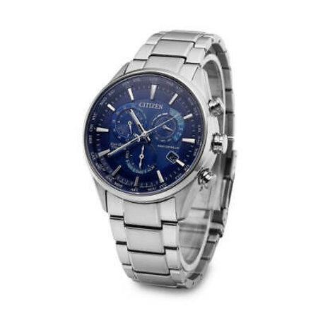 Citizen Radio Controlled Eco Drive horloge CB5020 87L heren titanium met blauwe wijzerplaat Dit CB5020 87L Citizen Radio Controlled horloge met blauwe