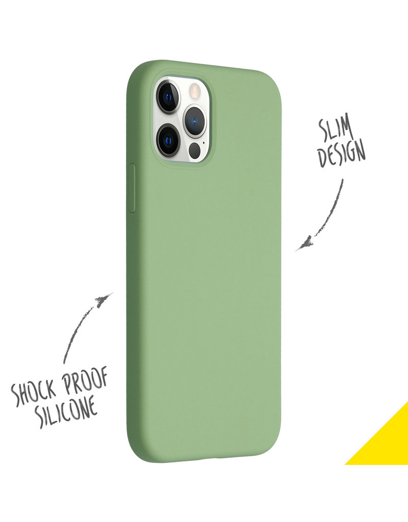 Accezz Accezz Liquid Silicone Cover iPhone 12 (Pro) Groen