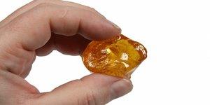 Bovenlip ontharen met Sugaring Paste