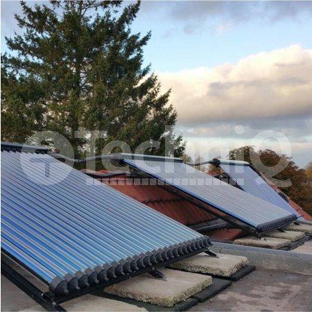 TechniQ Energy 30 heatpipes vacuümbuis zonneboiler collector, inclusief plat of schuin dak constructie