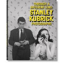 Stanley Kubrick Photographs, Through a Different Lens Taschen
