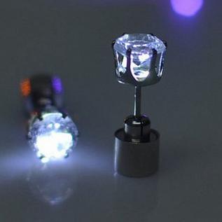 LED oorbel wit