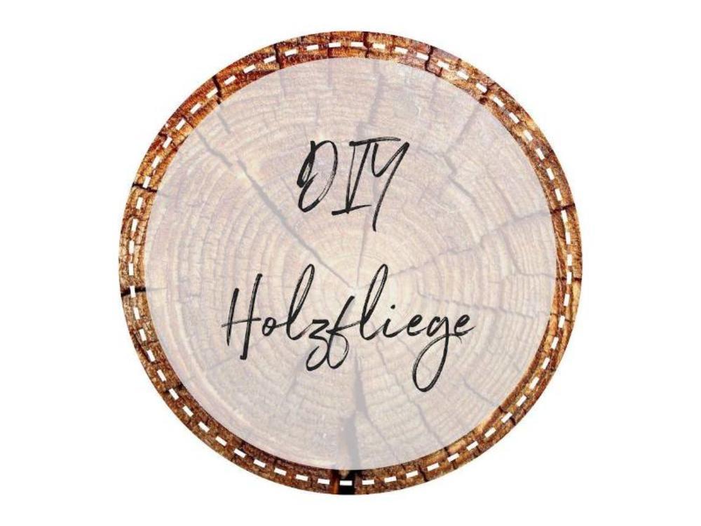 Bewoodz Holzfliege selber machen | Holz Fliege Rohling