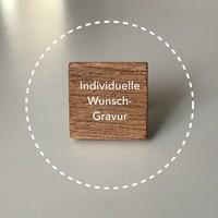 Holzfliege mit Gravur