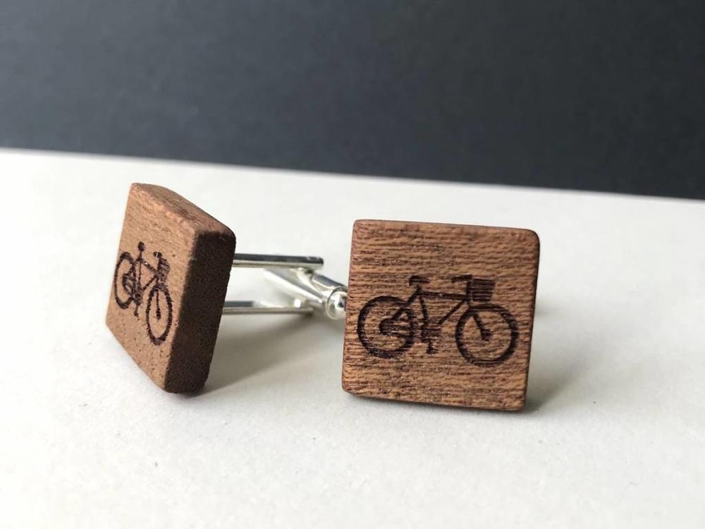 Bewoodz Manschettenknöpfe  Holz 'Urban Cycling Square'