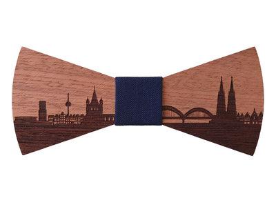 Bewoodz Fliege aus Holz - Köln Skyline