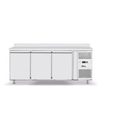 Hendi Tiefkühltisch Edelstahl   3-Türen   Mit Aufkantung   1795x700x(h)850mm