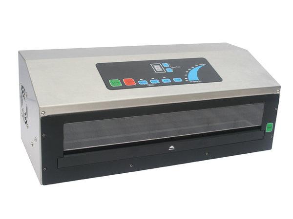GGG Vakuumiergerät   230V-650W    470x200x218 mm   Nur für goffrierte Beutel geeignet