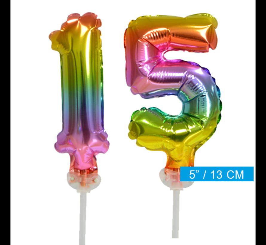 Regenboog taart decoratie ballonnen cijfers 15