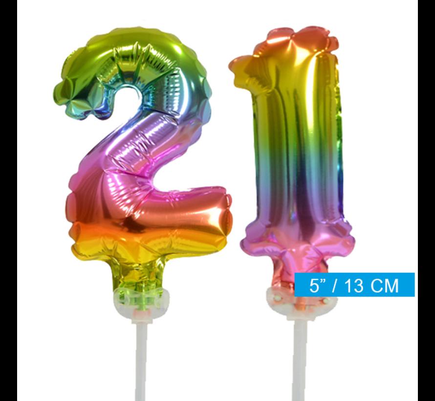 Regenboog taart decoratie ballonnen cijfers 21