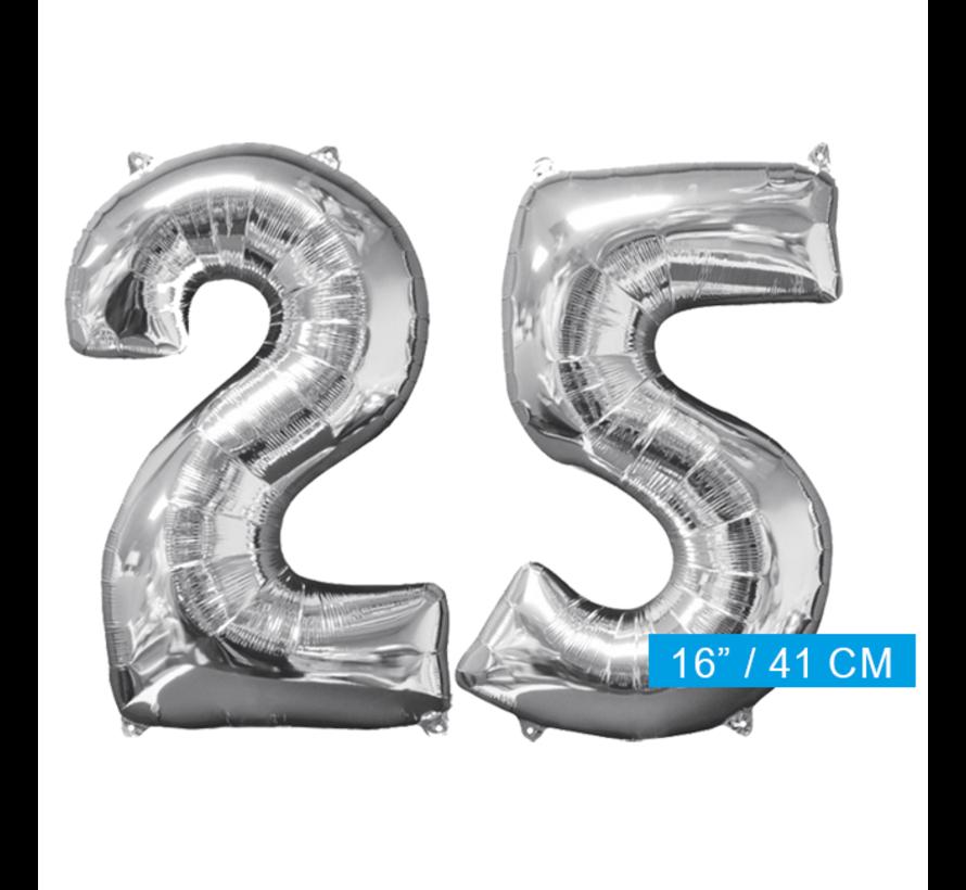 Zilveren folie ballon cijfer 25