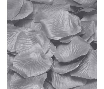 zilverkleurige rozenblaadjes