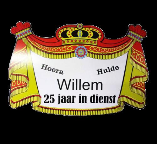 Bedrukte jubileumschild met naam en dienst jaren
