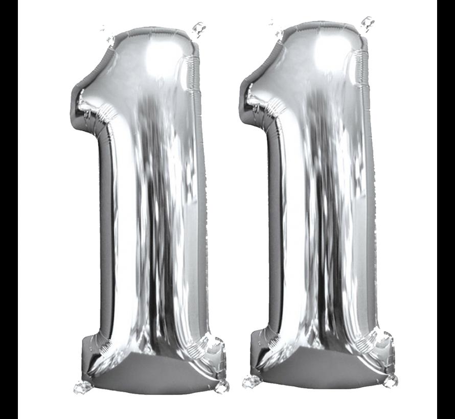 Zilveren folie ballon cijfer 11