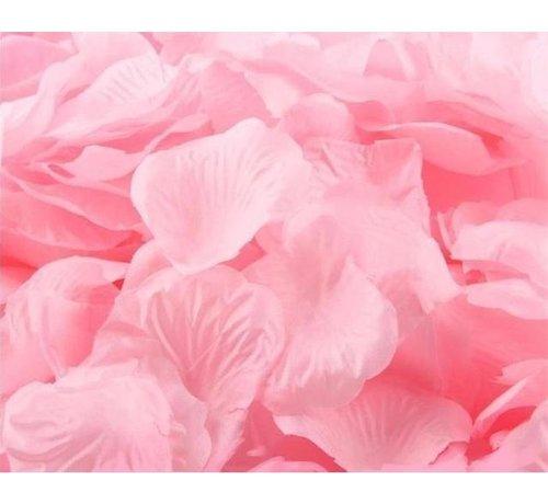 288 licht roze  rozenblaadjes