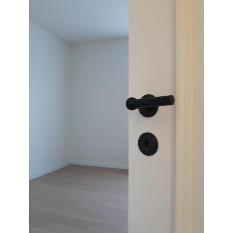 Zwarte deurklinken Petana L+L met sleutelplaatjes