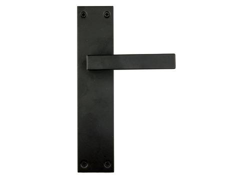 DOOR HANDLE COSMIC BLACK ON PLATE BLIND