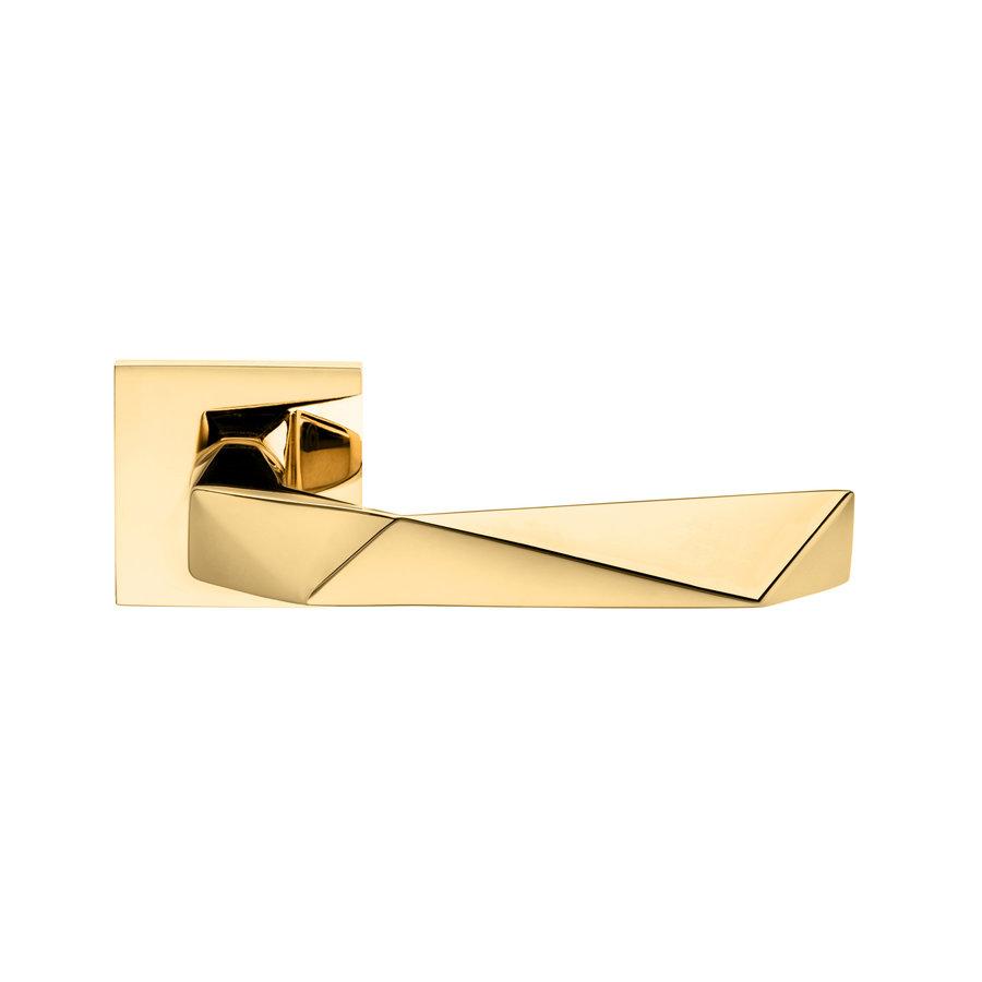 Deurklinken Luxury 02 op vierkante rozetten in warm goud PVD zonder sleutelplaatjes