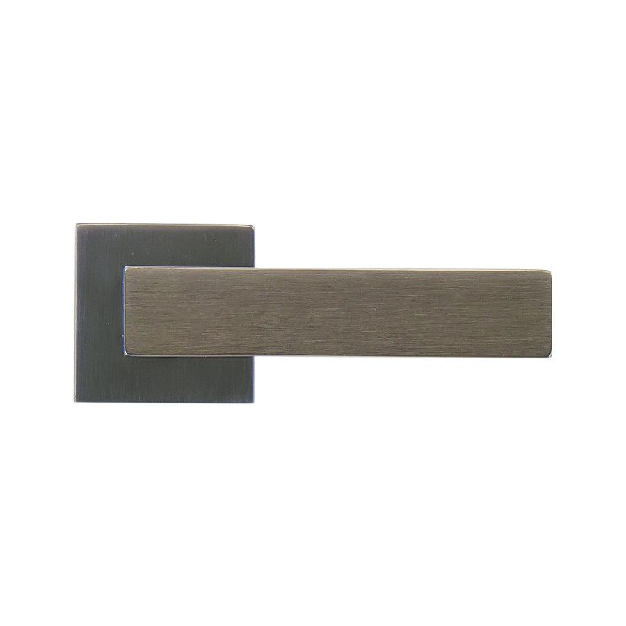 Antracietkleurige deurklinken Cubica Carbon Black zonder sleutelplaatjes