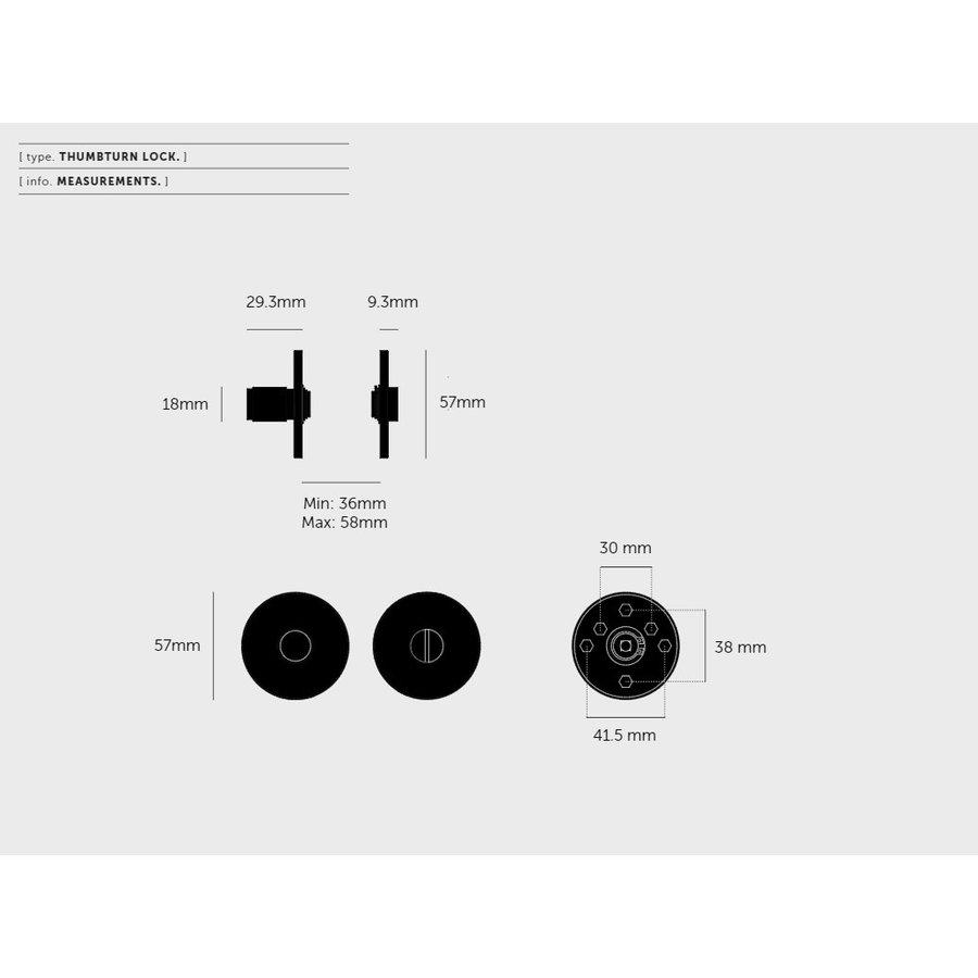 Messing WC garnituur van Buster & Punch met Lineair patroon