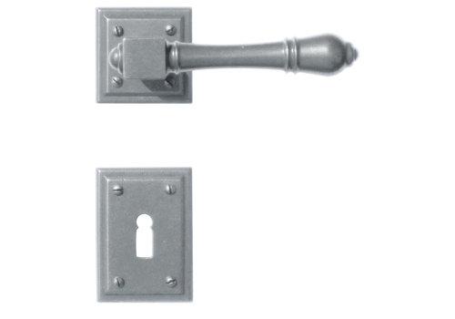 Iron door handles Carre with BB
