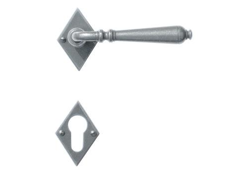 Iron door handles Elegeance diamond-shaped with PZ