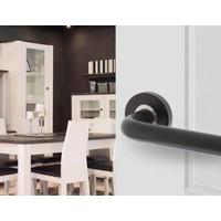 Paar zwarte deurkrukken Jura op dubbel geveerd rond rozet
