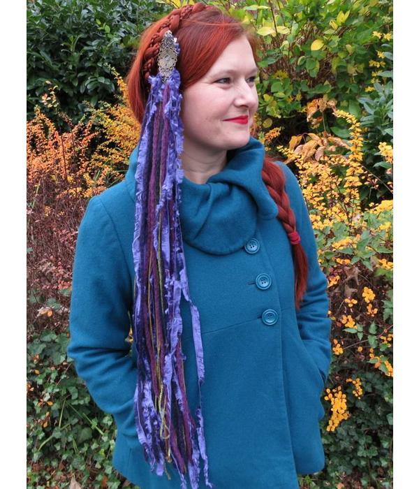 Purple Passion Gold yarn fall