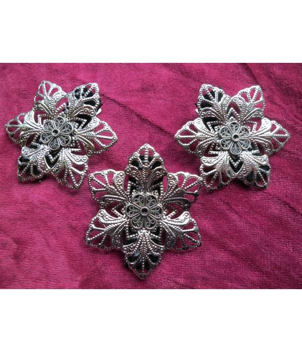 Goth Silver Flower Shoe & Hair Clip