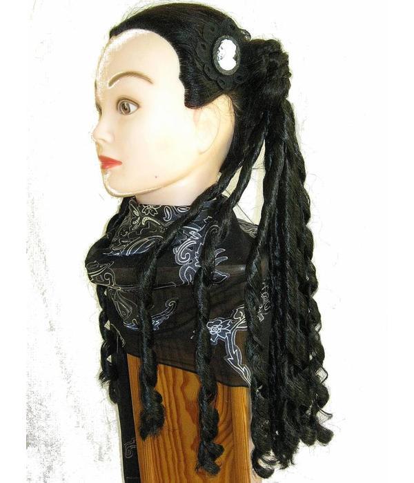 Gothic Cameo Clip Snow White