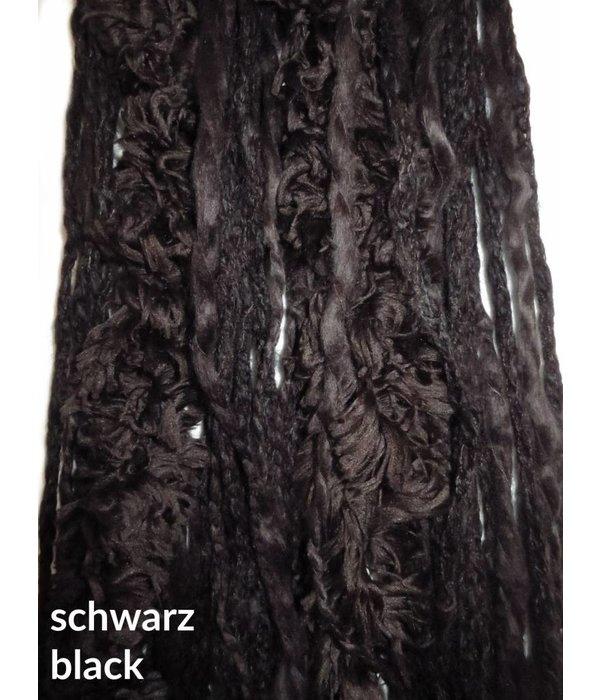 Wikinger Dreads mit falschem Fell