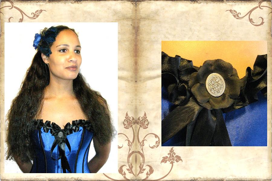 Gothic Lolita Corsage mit schwarzer Blume als Verzierung!